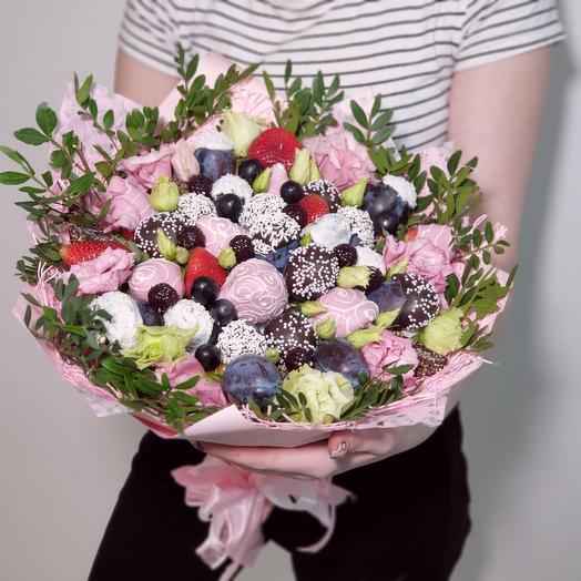 Крафт букет с цветами