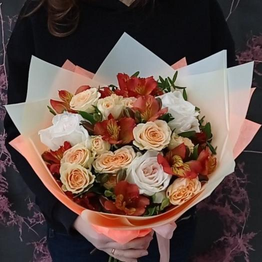 """""""Время Манго"""" С пионовидными розами и альстромерией"""