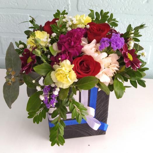 """Цветы в коробке """" Для любимой """""""