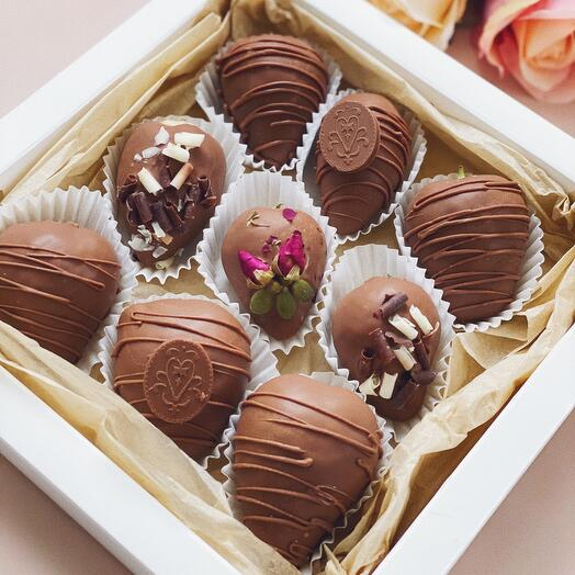 Набор из клубники в шоколаде 9 штук