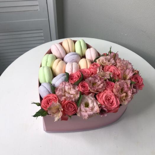 Цветы в сердечке