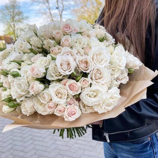 Кустовые розы Вайт
