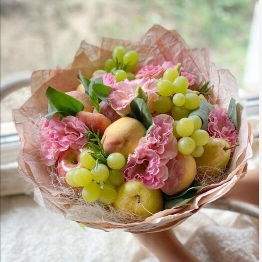 Персики и цветы