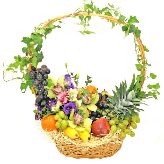 Корзина Фруттини: букеты цветов на заказ Flowwow