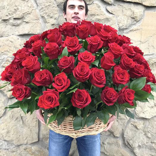 101 импортная Голландская роза в корзине
