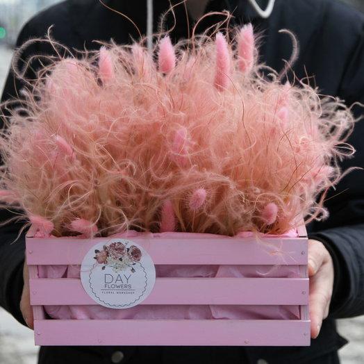 Воздушный ковыль в розовом ящике: букеты цветов на заказ Flowwow
