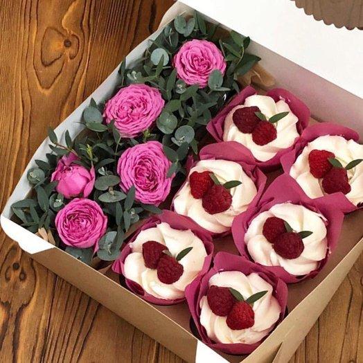 Эвкалипт и 6 капкейков: букеты цветов на заказ Flowwow