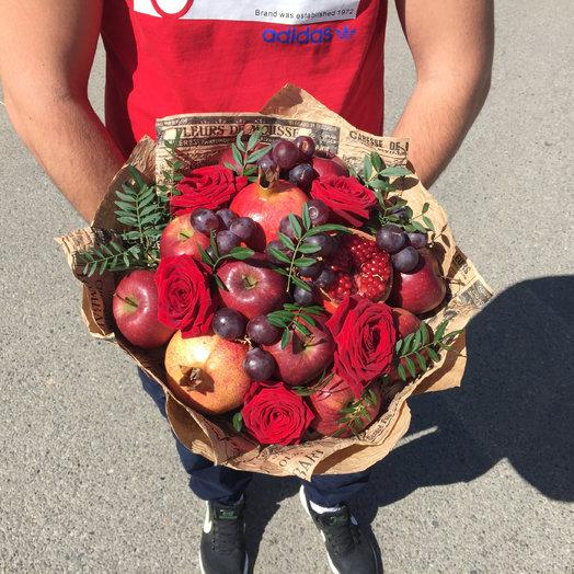 Юлий Цезарь: букеты цветов на заказ Flowwow