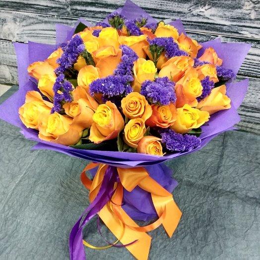 Яркий букет из 33 роз: букеты цветов на заказ Flowwow