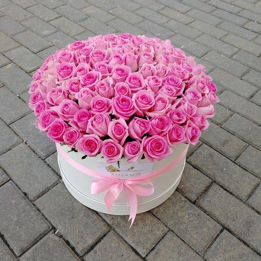Коробка с розами. : букеты цветов на заказ Flowwow