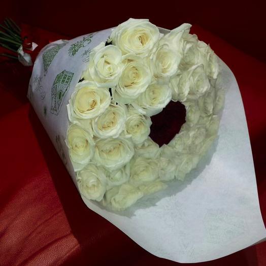 Букет из 33-х роз: букеты цветов на заказ Flowwow