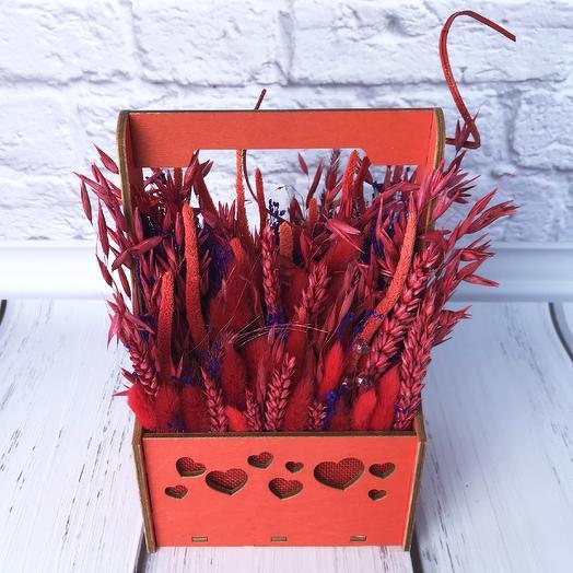 Композиция в ящике «Сухоцветная любовь»: букеты цветов на заказ Flowwow