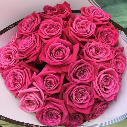 25 малиновый роз: букеты цветов на заказ Flowwow