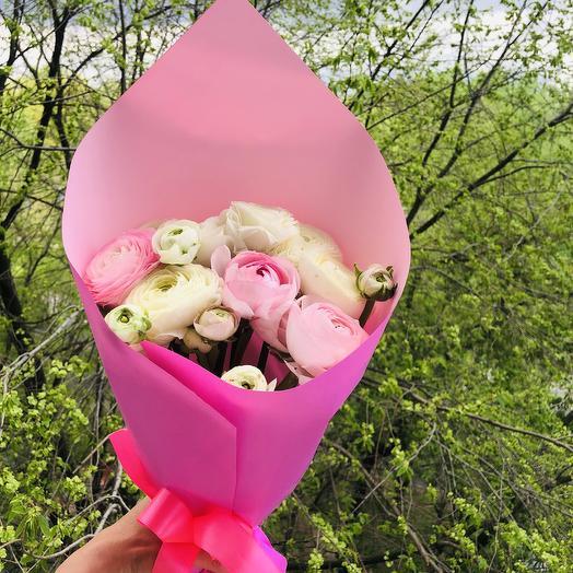 Моно букет из ранункулюса: букеты цветов на заказ Flowwow