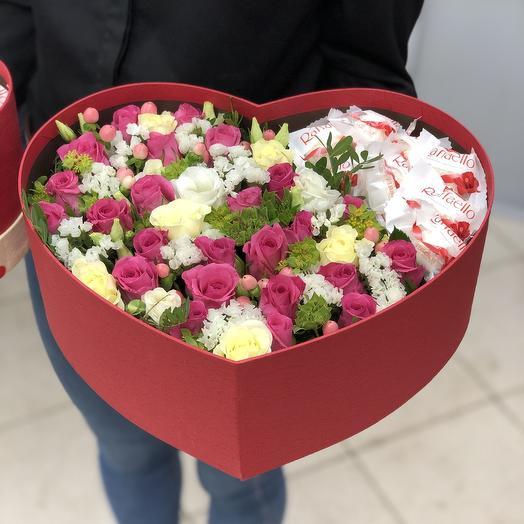 Большое цветочное сердце с Raffaello