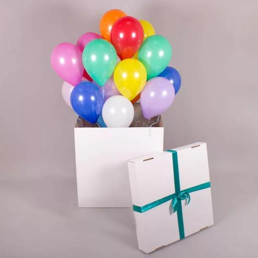 15 helium balloons in a box