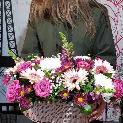 "Корзина с цветами""яркие эмоции """