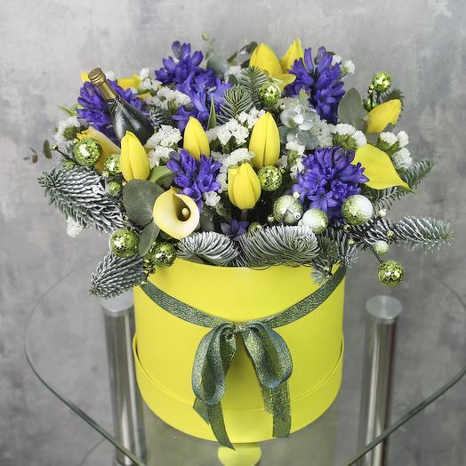 Коробка с цветами «Ароматный вечер»