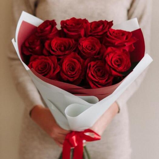 Букет из 11 элитных красных роз