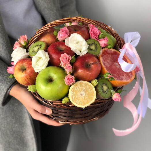 The cutest fruit basket