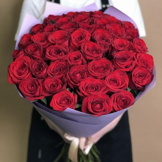букет из 31 розы россии