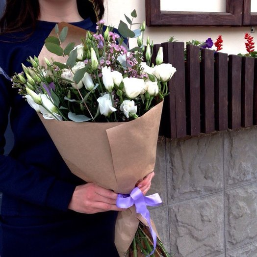 Легкий букет: букеты цветов на заказ Flowwow