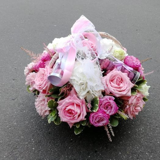 Со вкусом Франции: букеты цветов на заказ Flowwow