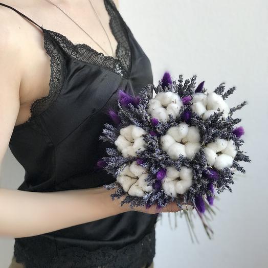 Букет из лаванды, хлопка и сиреневого лагуруса: букеты цветов на заказ Flowwow