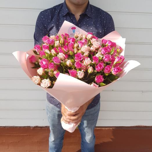 Букет из 29 малиново-розовых роз: букеты цветов на заказ Flowwow