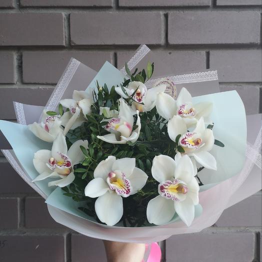 Белоснежный подарок: букеты цветов на заказ Flowwow