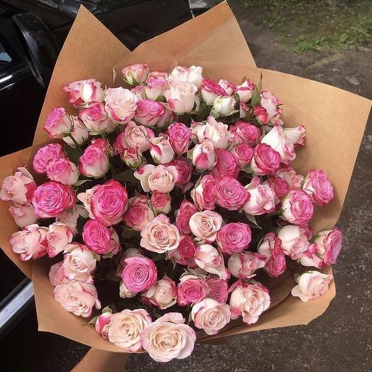 19 кустовых роз: букеты цветов на заказ Flowwow