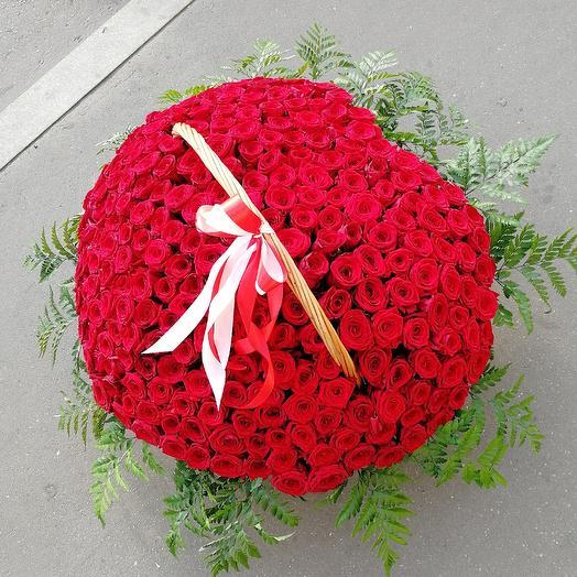 Сердца из розы: букеты цветов на заказ Flowwow