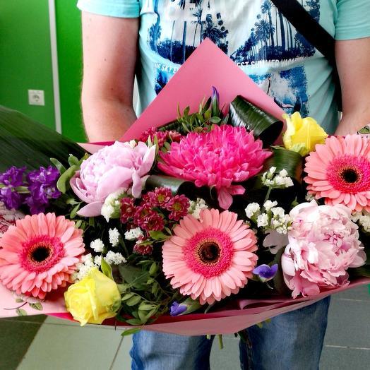 Цветочная лодочка: букеты цветов на заказ Flowwow