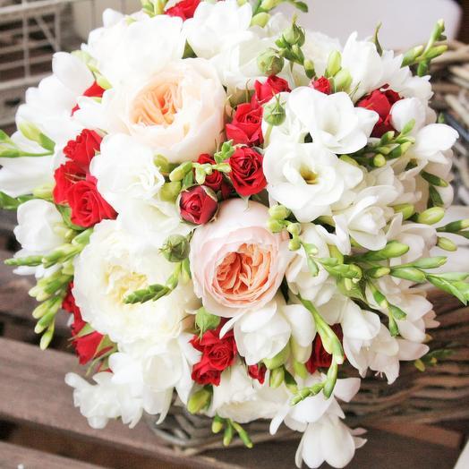 Букет невесты Земляника со сливками