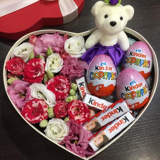 Цветы в коробке 004279