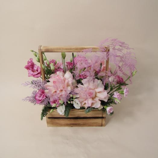 Нежная композиция из роз
