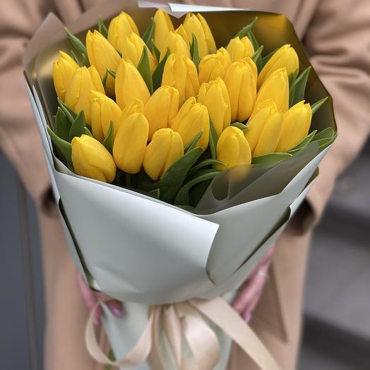 Букет Магия Весны из 25 желтых тюльпанов