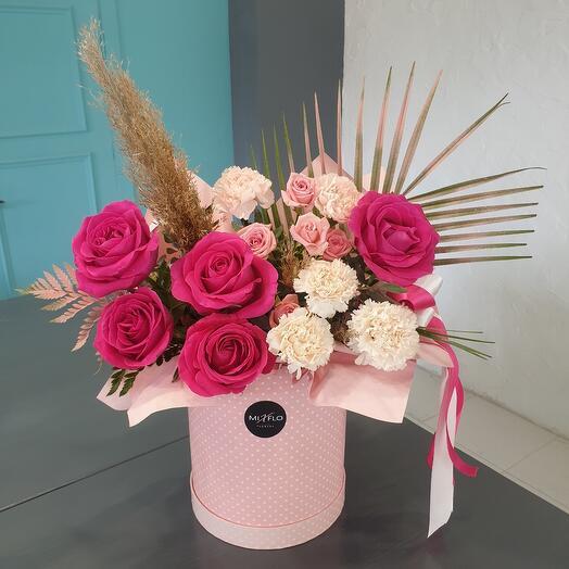 """Цветы в коробке """"Пинк флоид"""""""