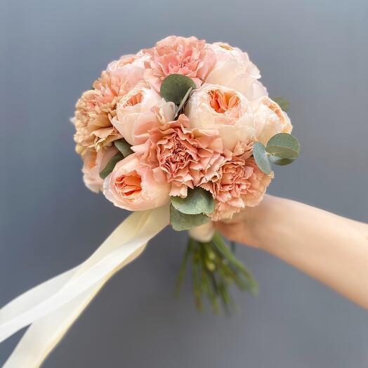 Букет невесты с розой Джульетта