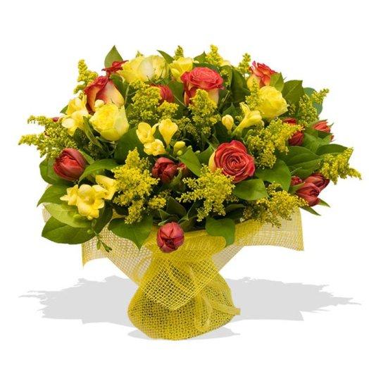 Букет цветов Солнечный: букеты цветов на заказ Flowwow
