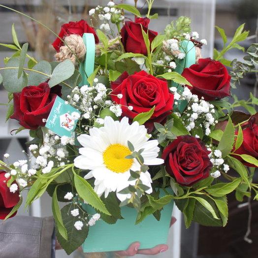 Деревянный бокс с цветами: букеты цветов на заказ Flowwow