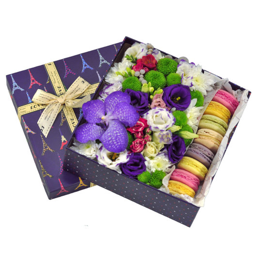 Коробка Френч: букеты цветов на заказ Flowwow
