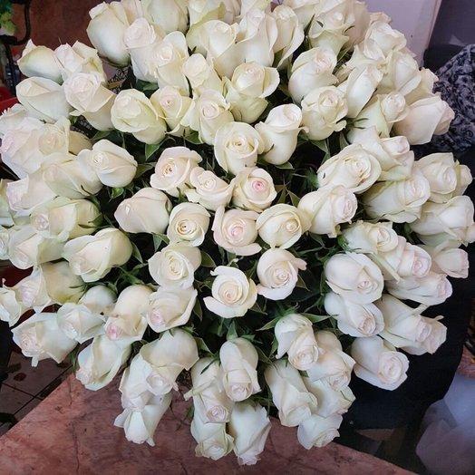 101 голландская белоснежная роза!: букеты цветов на заказ Flowwow