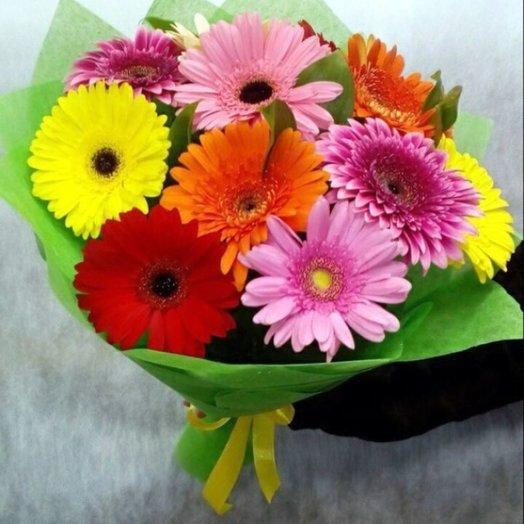 Яркая улыбка: букеты цветов на заказ Flowwow
