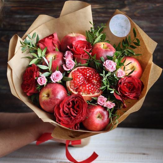 Фруктовый букет Чувства: букеты цветов на заказ Flowwow