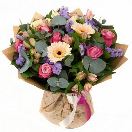 Розы и герберы: букеты цветов на заказ Flowwow