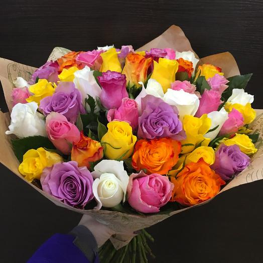 Весенний букет с кеннийскими розами: букеты цветов на заказ Flowwow