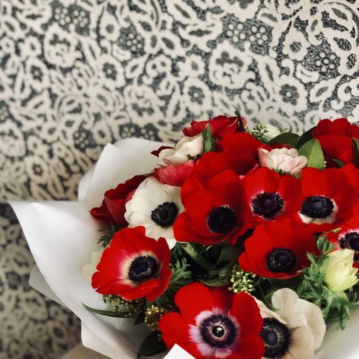 Букет из анемонов: букеты цветов на заказ Flowwow