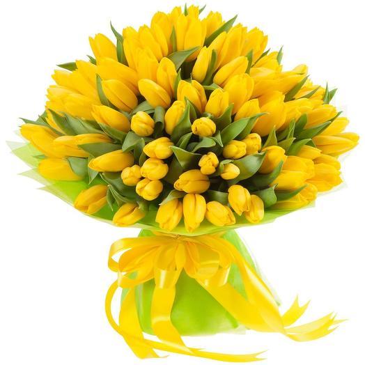 Букет из 51 желтого тюльпана: букеты цветов на заказ Flowwow
