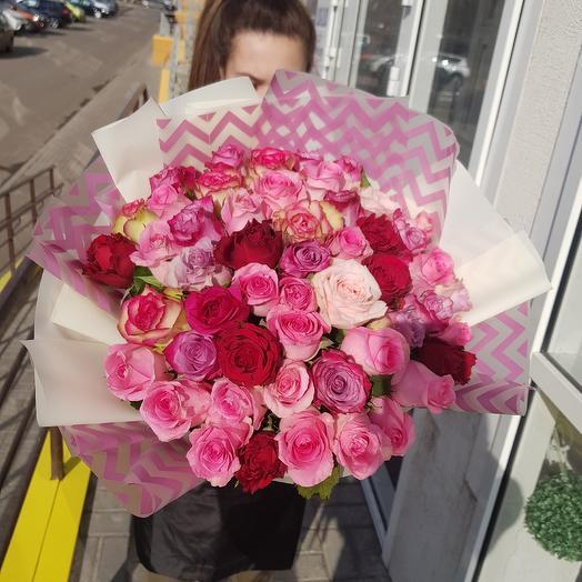 Яркий микс 51роза: букеты цветов на заказ Flowwow